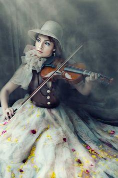 Music & Light (2) by Tristan Dumlao, via 500px