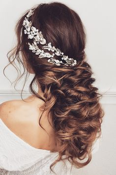 33 Oh So Perfect Curly Wedding Hairstyles ❤ curly wedding hairstyles wide braid lalasupdos ❤ See more: http://www.weddingforward.com/curly-wedding-hairstyles/ #weddingforward #wedding #bride #curlyweddinghairstyles