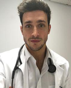 Hot Doctor, Male Doctor, Dr Mike Varshavski, Men In Uniform, Dream Guy, Good Looking Men, Man Crush, Going To Work, Handsome Boys