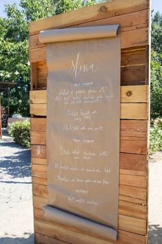 Love this Kraft and white chalk paint menu! So lovely for a wedding or event! Michaels Makers Summit 2015 | Kara's Party Ideas | Kara Allen | KarasPartyIdeas.com #MichaelsMakers