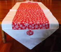 SALE Snowflake print Christmas table runner in red and white, sz L, 2 variation, coffee table scarf, dresser scarf, home decor,  decoration