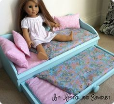 Doll Trundle Bed Knoff Off Decor: American girl trundle doll bed DIY. I think I'd make it from a thrift store jewelry box. Doll Trundle Bed Knoff Off Decor: American girl trundle doll bed DIY. I think I'd make it from a thrift store jewelry box. American Girl Outfits, Ropa American Girl, American Girl Doll Bed, American Girl Crafts, American Girl Stuff, American Girl Furniture, Girls Furniture, Doll Furniture, Furniture Plans