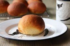 今日のパンは、米粉のみで作る、米粉100%ぱん。