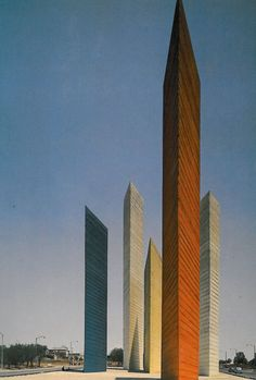 Luis Barragan & Mathias Goeritz - Towers of the Satellite City, Mexico city 1957 Amazing Buildings, Amazing Architecture, Art And Architecture, Monumental Architecture, Lebbeus Woods, Zaha Hadid Architects, Carlo Scarpa, Copenhagen Architecture, Building Structure