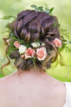 24 Gorgeous Blooming Wedding Hair Bouquets ❤ See more: http://www.weddingforward.com/blooming-wedding-hair-bouquets/ #weddings #hairstyles