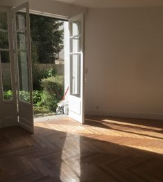 Vous aussi, vous rêvez de voir les beaux jours revenir ? Profitez de l'hiver pour rénover votre intérieur ! Pose Parquet, Windows, Rennes, Winter, Window, Ramen