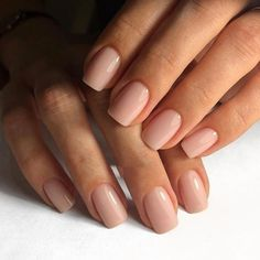 Image in Nails / Nail Polish / Vernis / Manicure collection by Mouna DramaQueen Neutral Nails, Nude Nails, Nagellack Trends, Manicure Y Pedicure, Clean Nails, Nagel Gel, Simple Nails, Nails Inspiration, Wedding Nails
