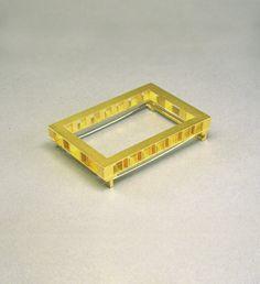 Michael Becker, brooch, untitled, 1989 - gold 750/000 - 48x33mm
