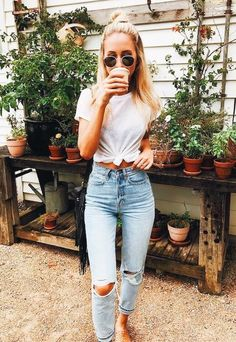 Tied white tee + Distressed denim #style #fashionista #summer #casual