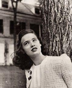 Gloria Vanderbilt quindicenne ritratta da Louise Dahl-Wolfe per Harper's Bazaar