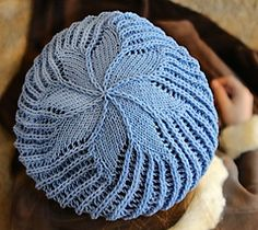How To Decrease Stitches In Knitting A Hat : 1000+ images about Knitting: Shaping the Crown of a Hat - decreasing on Pinte...