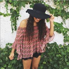 LF BLOUSE LF off the shoulder top. Super cute not sure if I want to sell. Perfect for festivals. LF Tops Blouses