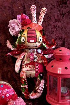 Коллекционные куклы ручной работы. Ярмарка Мастеров - ручная работа. Купить Баляляка розовая, любвиобильная.... Handmade. Бледно-розовый