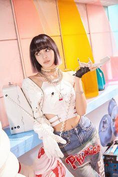 [BLACKPINK] Blink ~ Tôi sẽ quay một video và quay lại ♡ (ft. Pretty next to pretty): Naver Post Kpop Girl Groups, Korean Girl Groups, Kpop Girls, Blackpink Members, Black Pink Kpop, K Wallpaper, Blackpink Photos, Blackpink Fashion, Jennie Blackpink