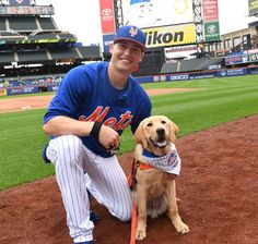do dogs count as being a cool person? Ny Mets, New York Mets, How Soon Is Now, Lets Go Mets, Shea Stadium, Baseball League, Softball, Trading Cards, Mlb