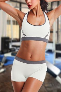 Gym outfit from Yoins in various colors for you to choose. Round neck sleeveless sports bra with is paired with drawstring waistband shorts. Looks so good paired together or mixed-'n'-matched with other pieces in your closet.