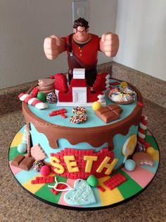 Wreck it Ralph cake
