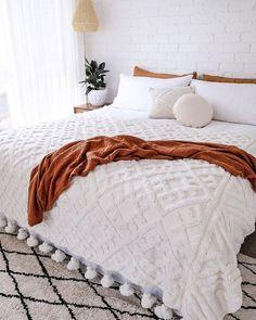Home Decor Painting Bohemian Bedroom And Bedding Design - boho bedroom decor Bedroom Inspo, Bedroom Colors, Home Bedroom, Bedroom Ideas, Bedroom Designs, Modern Bedroom, Minimalist Bedroom, Fall Bedroom Decor, Neutral Bedroom Decor
