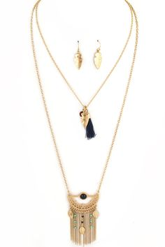 $12.00 *Gold Aztec double chain layered necklace earring set. A fabulous and unique combination turquoise, blue beads, arrow heads, *gold feathers,
