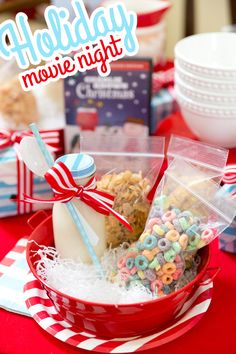 How to host a fabulous holiday movie party!! #nitebites #ad