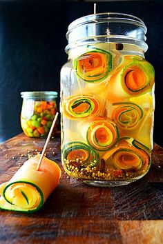 Japanese pickled carrot & zuchinni rolls - maybe? (recipe in Japanese)