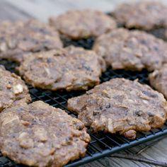 Sweet Potato Breakfast Cookies @keyingredient #honey #breakfast #pie #chocolate