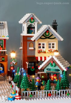4 years of Lego Winter Village Displays – Melissa's Lego 4 Jahre Lego Winter Village Displays – Melissas Lego This. Village Lego, Lego Christmas Village, Lego Winter Village, Noel Christmas, Lego 4, Moc Lego, Lego Duplo, Harry Potter Advent Calendar, Lego Advent Calendar