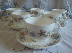Set of 6 Vintage Wedgwood Metallised Bone China Teacups and Saucers