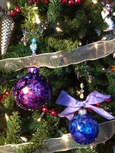 Glitter and Alcohol Ink Glass Ball Ornaments by karjor - Cards and Paper Crafts at Splitcoaststampers