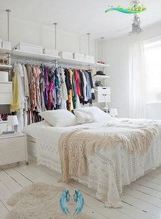 How to Clean Out Your Closet #bedroomorganization Sharing tips on how to clean out your closet with methods to decide which items to keep, donate or toss. Plus, information on my closet sale site.<br> Apartment Design, Apartment Living, Apartment Therapy, Apartment Layout, Apartment Ideas, Apartment Bedrooms, York Apartment, Tiny Apartment Decorating, Apartment Makeover