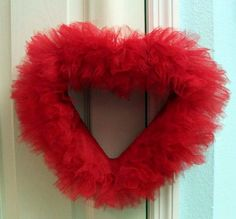 How to Make a Tulle Heart Wreath,,I dont like this shape..but maybe would try a round one