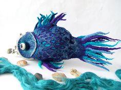 Felt cosmetics bag - Blue fish