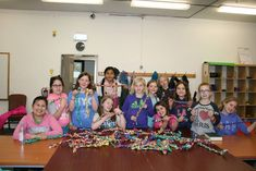 A leader of troop in a military community overseas shares how their Junior girls earned their Bronze Award helping pets. Girl Scout Swap, Girl Scout Leader, Brownie Girl Scouts, Boy Scouts, Bronze Award Girl Scouts, Girl Scout Activities, Girl Scout Juniors, Girl Scout Crafts, She Girl