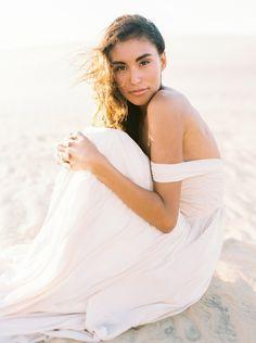 Blush Wedding Gown in the Sand Dunes - Wedding Sparrow | Best Wedding Blog | Wedding Ideas