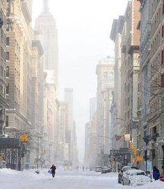 NYC. Manhattan. Snowy streets. aesthete