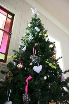 Hearts on the Christmas tree