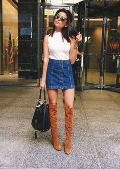Formal outfits that won& steal your youth - You don& have to look clean every time you dress formally. Informations About Outfits formales - Denim Skirt Outfits, Casual Outfits, Fashion Outfits, Womens Fashion, Denim Skirts, Jean Skirts, Formal Outfits, City Fashion, Midi Skirts