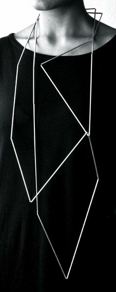 Ute Decker | Articulation Neck Sculpture
