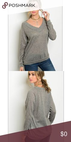 Grey Long sleeve v-neck slub knit top Charcoal Long sleeve V-neck slub knit top A fall must have! Layer with a tank or wear alone. Grey with speckles of black amd white. Fabric Content: 85% POLYESTER 15% NYLON  Made in the 🇺🇸 Tops Blouses