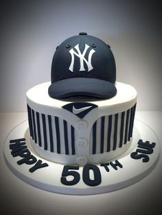 Ny Yankees Birthday Cake I made this for my Sister In Law who is a huge Yankees fan Baseball Birthday Cakes, Dad Birthday Cakes, Baseball Cakes, 50th Birthday Party Ideas For Men, Birthday Cake For Husband, Yankee Cake, Cricket Cake, Sports Themed Cakes, Shirt Cake