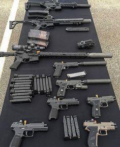 What kind of table is this? @sig.dude Like Repost Tag Follow @endlessboxcom https://endlessbox.com #endlessboxcom #photooftheday #instagood #omg #hunter #badassery #hunting #tbt #ar15 #pistol #ak47 #freedom #gun #guns #merica #pewpew #happy #nra #badass #beast #glock #handguns #fullauto #wow #firearms #weapon #instamood #weapons #edc #molonlabe
