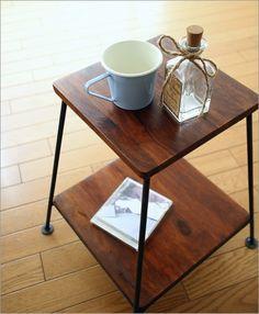 シンプルでスタイリッシュな木製棚付き椅子 シーシャムウッドアイアンスツール