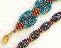 Scallops & Diamonds Bracelet