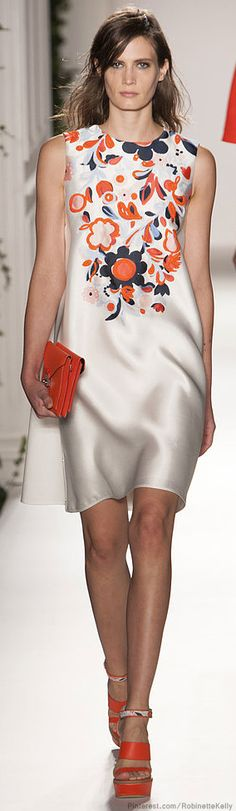 Mulberry | S/S 2014.  Nice floral detail adds all the accessory the dress needs but for the clutch purse.