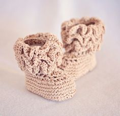 Crochet Baby Booties  Ruffle Baby Boots ready to by crochetvalley, $15.00