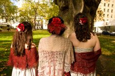 shawls for the bride and bridesmaids, hand knit by the bride, I love this idea