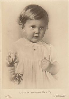 Princess Maria Pia of Savoy, the eldest daughter of King Umberto II, the former (and last) King of Italy and Queen Marie Jose of Italy. Little Maria Pia grew up to marry Prince Alexander of Yugoslavia with whom she had two sets of twins.  #TuscanyAgriturismoGiratola