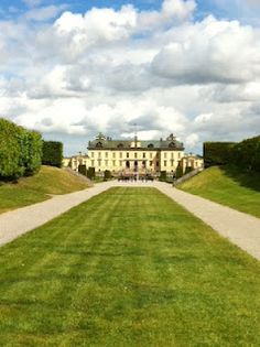 The Stockholm Tourist: Drottningholm Palace