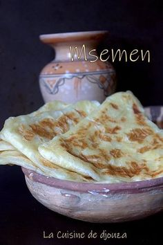 Recette msemen triangle (pâte inratable) - The Best Authentic Mexican Recipes Authentic Mexican Recipes, Mexican Dinner Recipes, Fall Dinner Recipes, Mexican Food Recipes, Moroccan Bread, Morrocan Food, Crepes And Waffles, Naan Recipe, Crepe Recipes