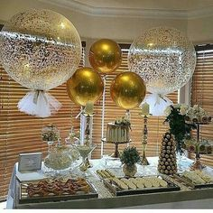 Black Gold Party Thank you to the of this gorgeous pic of our signature giant confetti and tassle balloons and round gold orbs balloons - 70th Birthday Parties, 50th Party, Grad Parties, Mom Birthday, Gold Birthday Party, 50th Birthday Balloons, 60th Birthday Decorations, 50th Wedding Anniversary Party Ideas, Golden Birthday Themes